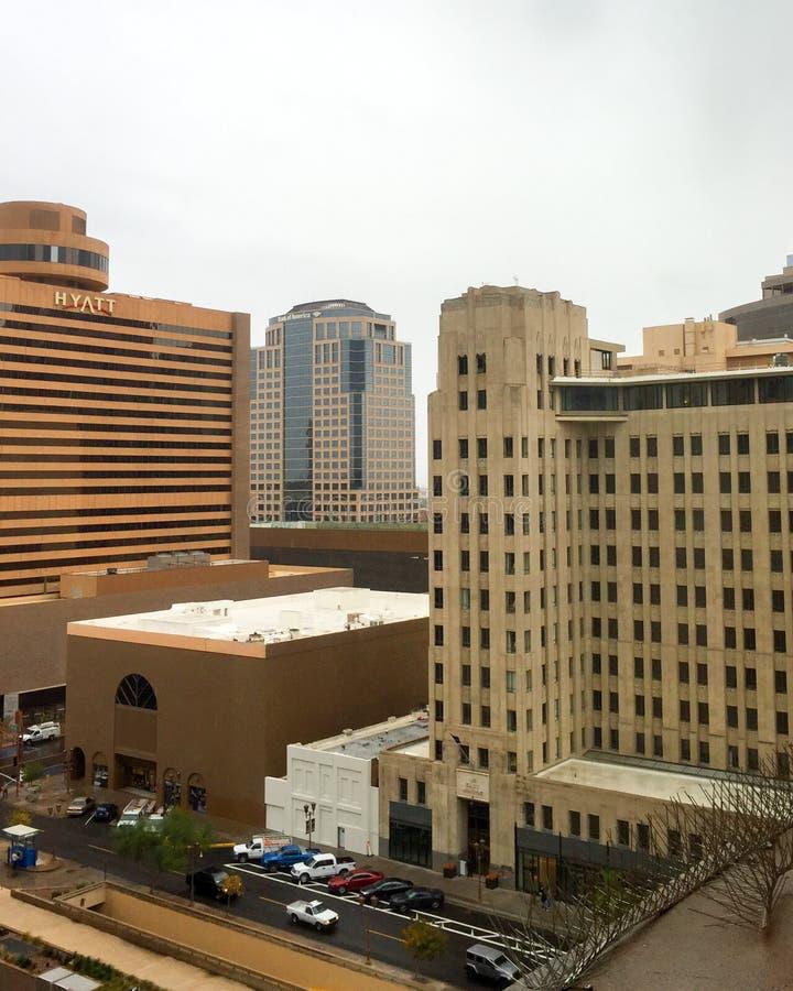 Dżdżystej zimy dzień w Phoenix śródmieściu, AZ fotografia stock