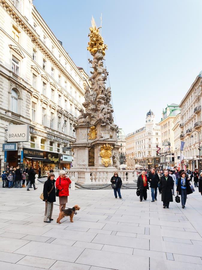 Dżumowa kolumna na Graben dziejowy uliczny Wiedeń fotografia stock