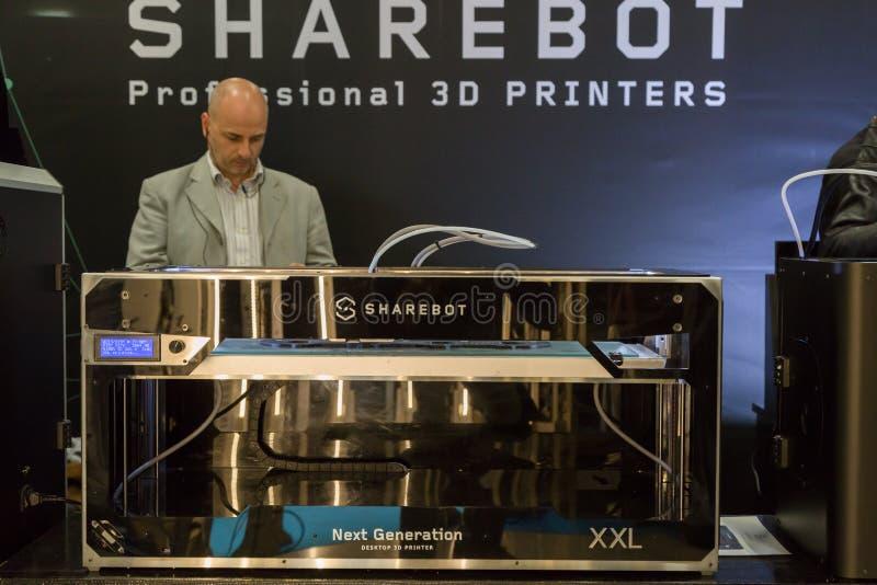 3d在技术插孔的打印机在米兰,意大利 免版税库存照片