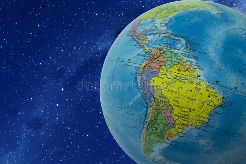 3d地球展望期线路回报了空间 免版税库存照片