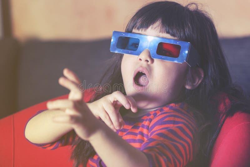 3d女孩玻璃一点 免版税库存照片