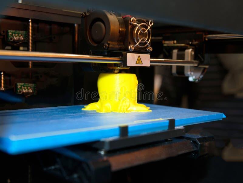 3D打印机- FDM打印 库存图片