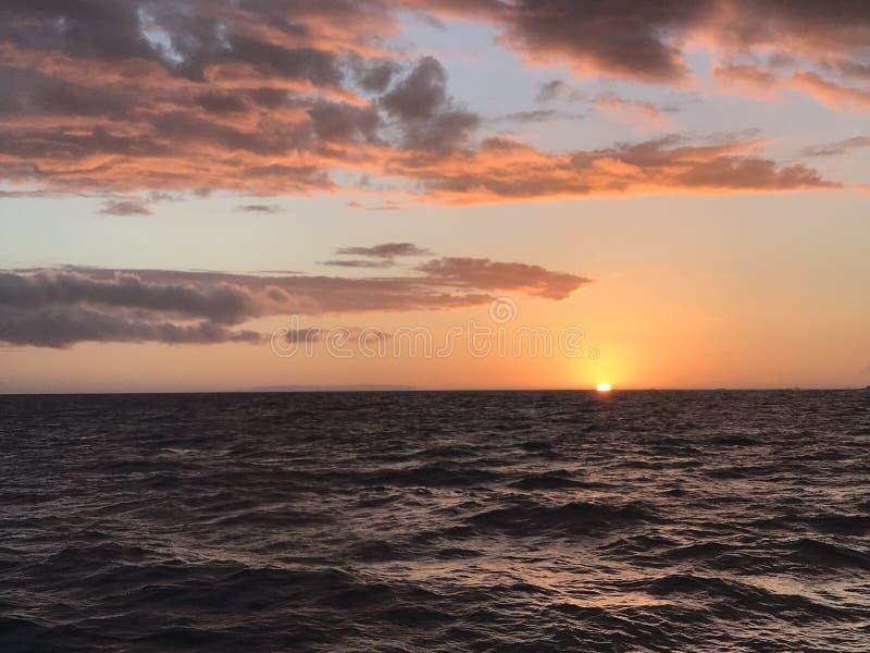 3d海洋回报日落 库存图片