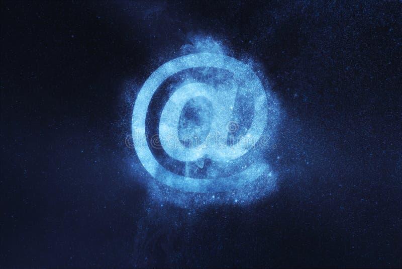 3d背景e邮件设计符号白色 e互联网发送符号符号的邮件消息 抽象夜空背景 免版税库存图片