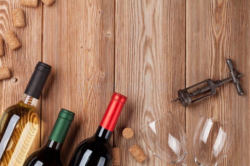 3d装瓶模型白葡萄酒 库存照片