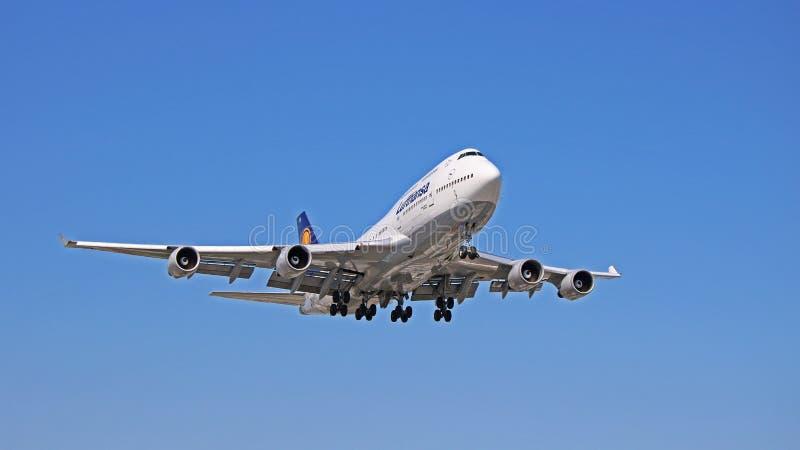 D-ABVW Lufthansa Boeing 747-400 en acercamiento final fotos de archivo libres de regalías