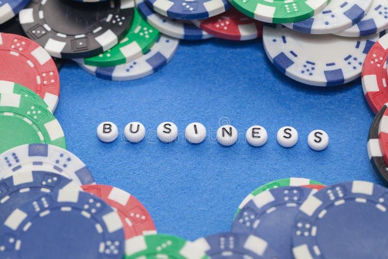 ` D'affaires de ` de Word avec des jetons de poker photo stock