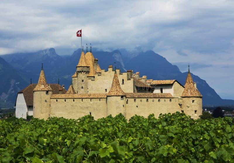 d'Aigle del castillo francés, Suiza imagenes de archivo