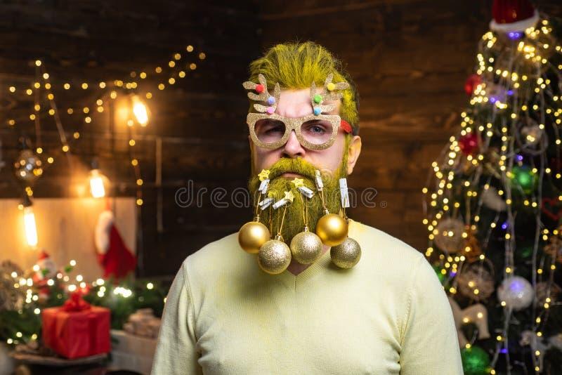 D?as de fiesta de la Navidad del tema y A?o Nuevo Decoraciones de la barba de la Navidad Tarjeta de felicitaci?n de la Feliz Navi imagenes de archivo