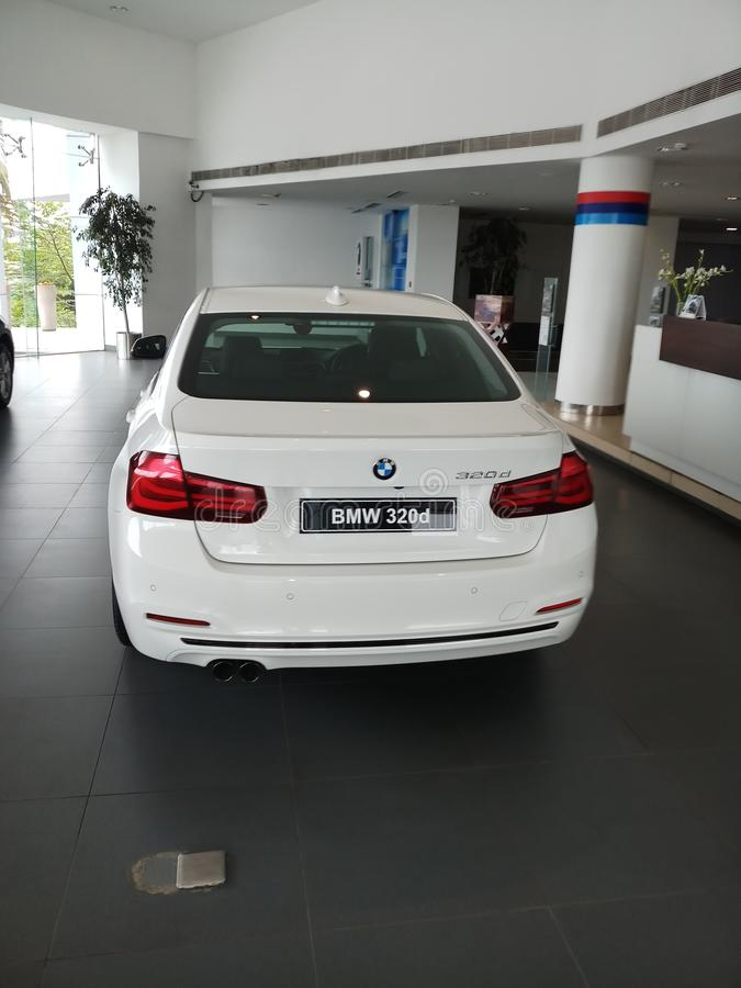 320d BMW 3 serie royaltyfri bild