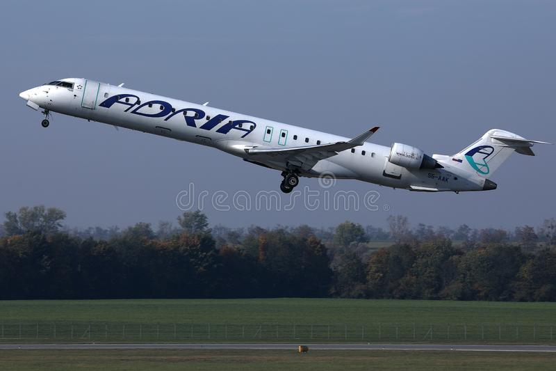 D?collage d'avion d'Adria Airways image libre de droits
