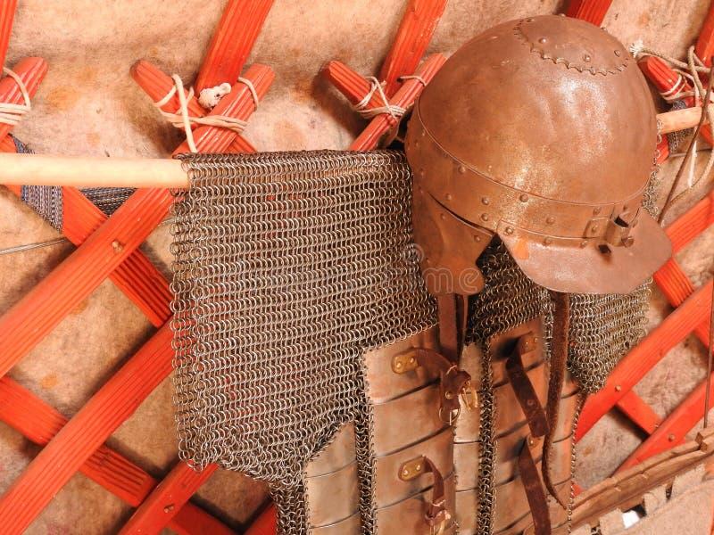 D?coration traditionnelle nationale du plafond et des murs du Yurt mongol Mod?les d'armure de cru La d?coration du Yurt photo stock