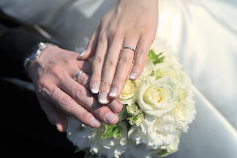 3d frambragt bildcirkelbröllop arkivfoto