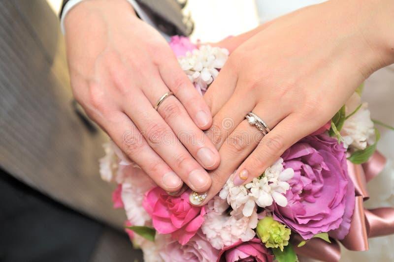 3d frambragt bildcirkelbröllop royaltyfria bilder