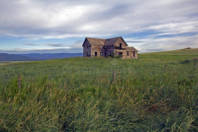 D'histoire du Montana - ferme abandonnée images stock