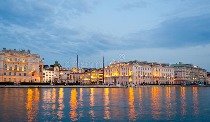 d'Italia del unità de la plaza, Trieste fotografía de archivo