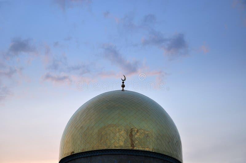 Dôme central de mosquée d'Almaty photos libres de droits