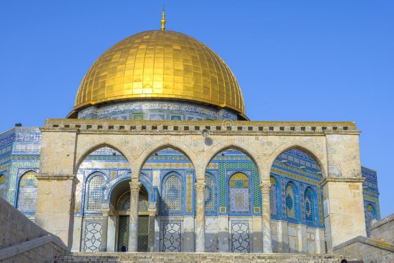 Download Dôme De La Roche Dans La Vieille Ville De Jérusalem Photo stock - Image du religion, musulmans: 87708102