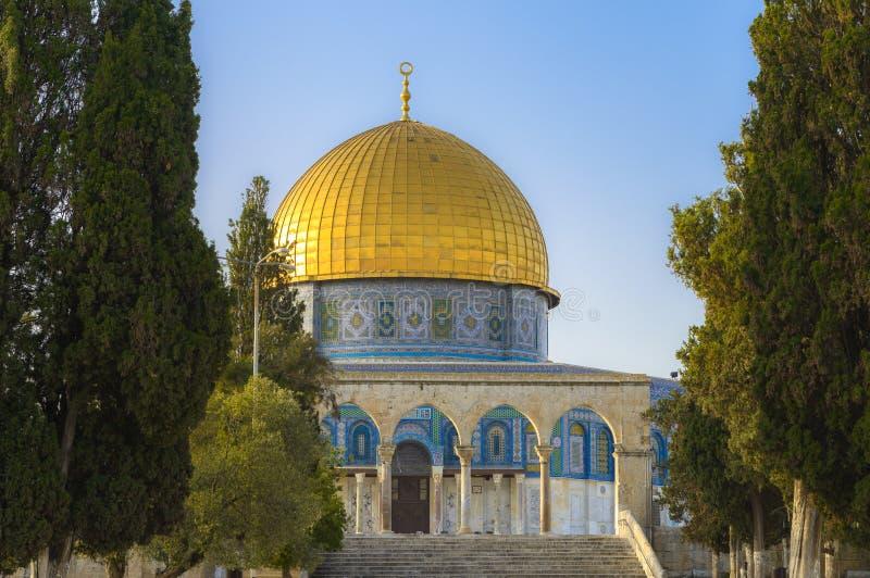 Download Dôme De La Roche Dans La Vieille Ville De Jérusalem Image stock - Image du prière, temple: 87708137