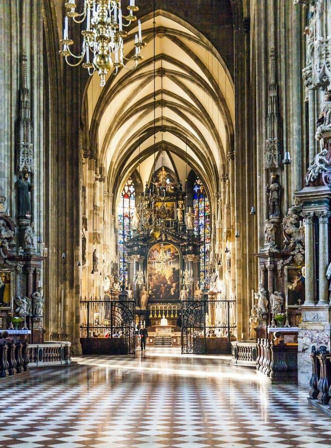 Dôme de Stephans à Vienne de l'intérieur photographie stock