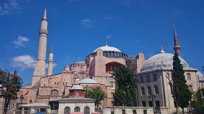 D?mes et minarets de Hagia Sophia dans la vieille ville d'Istanbul, Turquie, sur le coucher du soleil images libres de droits