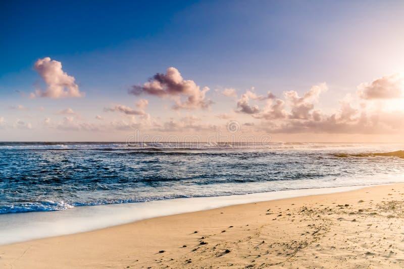 3 d ocean sprawia, że zachód słońca zdjęcia stock