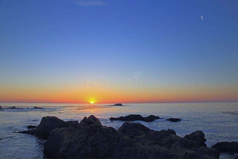 3 d ocean sprawia, że zachód słońca obraz royalty free