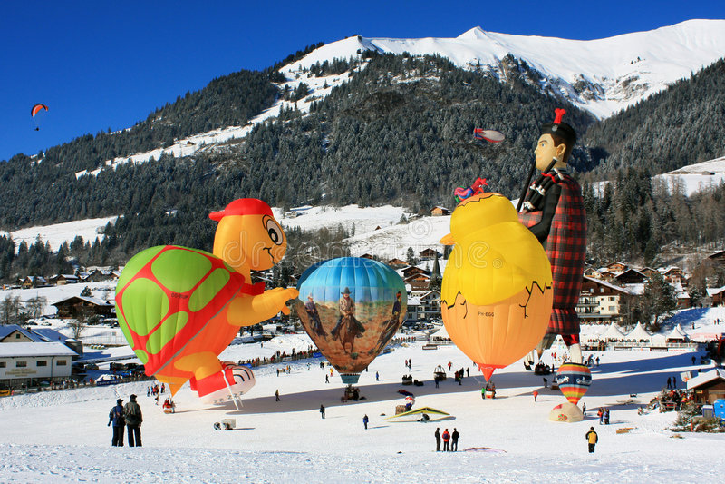 d'Oex 2009 del chateau di festival dell'aerostato ad aria calda immagine stock libera da diritti
