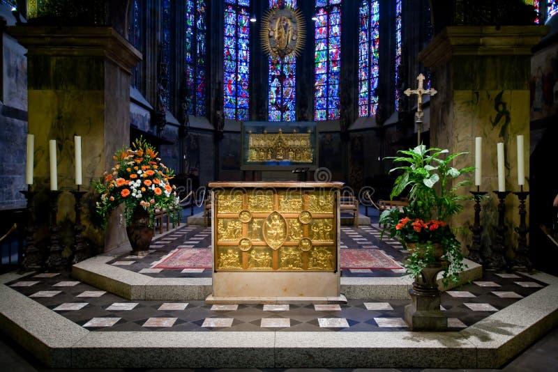 d'Oro de Pala na catedral de Aix-la-Chapelle em Alemanha fotos de stock