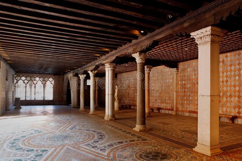 D'Oro mercantil de la casa Ca del almacenamiento, Venecia, Italia imagen de archivo libre de regalías