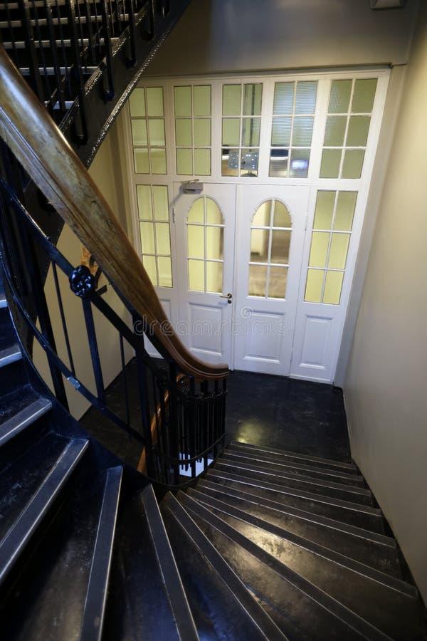 3d pojęcia ilustracyjny schodków sukces drewniany obrazy royalty free