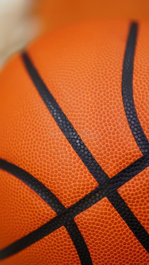 D?tail de plan rapproch? de fond de texture de boule de basket-ball photos stock