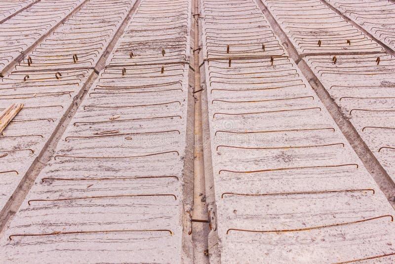 D?tails de construction : Planche de b?ton pr?fabriqu? du pilier, avant l'?crimage concret, en construction, Tha?lande photo libre de droits