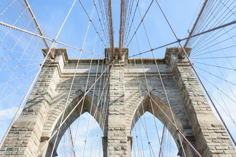 D?tails du pont de Brooklyn image libre de droits