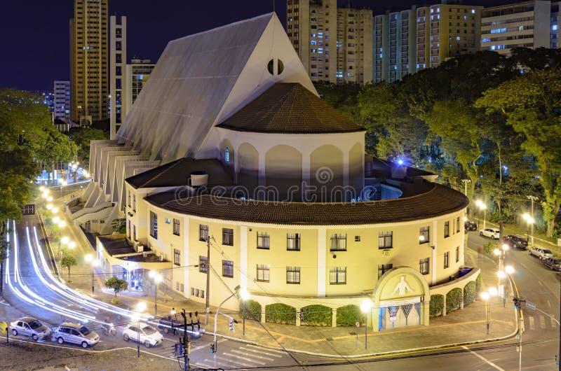 Da igreja baixa sobre de Londrina imagens de stock