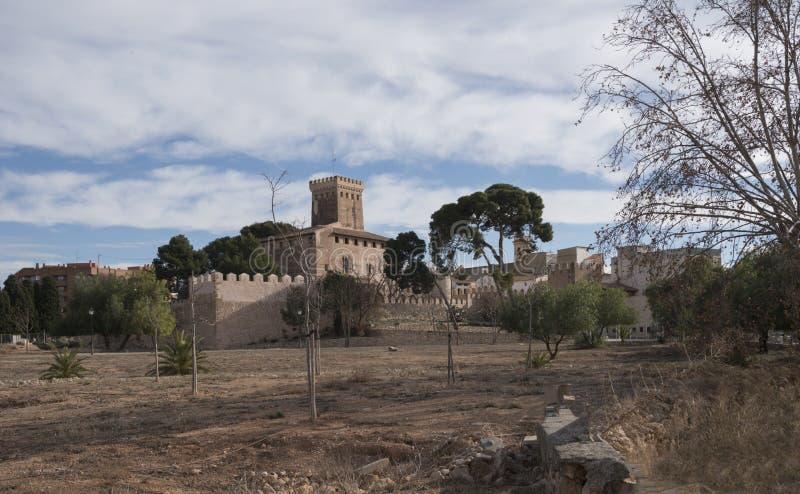 Da paisagem medieval da vista panorâmica de Benisano dia nebuloso imagens de stock royalty free