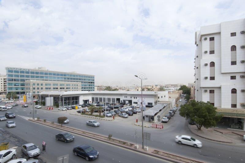Dabab Steet biltrafik i den gamla Riyadh staden, Saudiarabien 01 1 royaltyfri bild