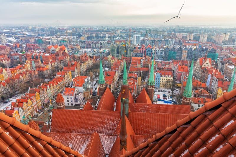 Dach bazylika wniebowzięcie Błogosławiony maryja dziewica w Gdańskim, widok od wierza zdjęcie stock