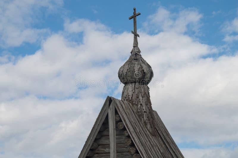 Dach der ruinierten Kapelle stockbild
