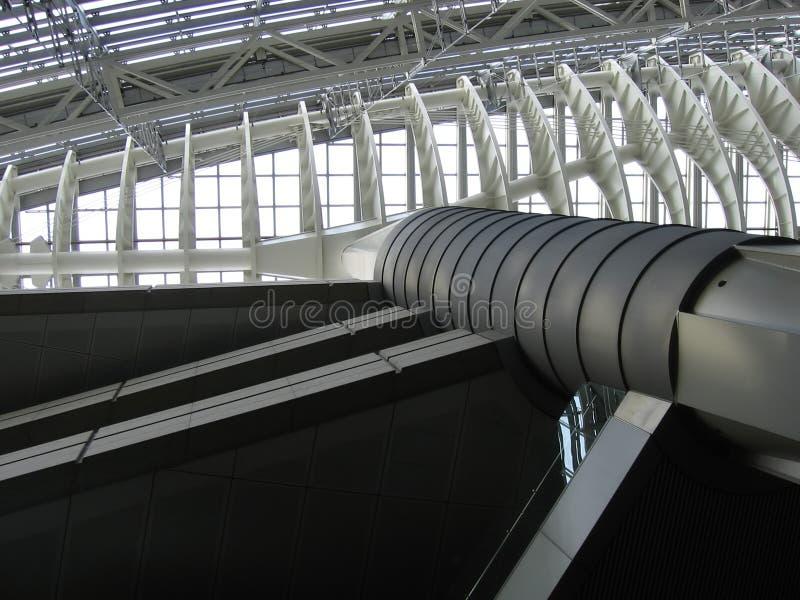 Dach des Metallgebäudes lizenzfreie stockfotografie