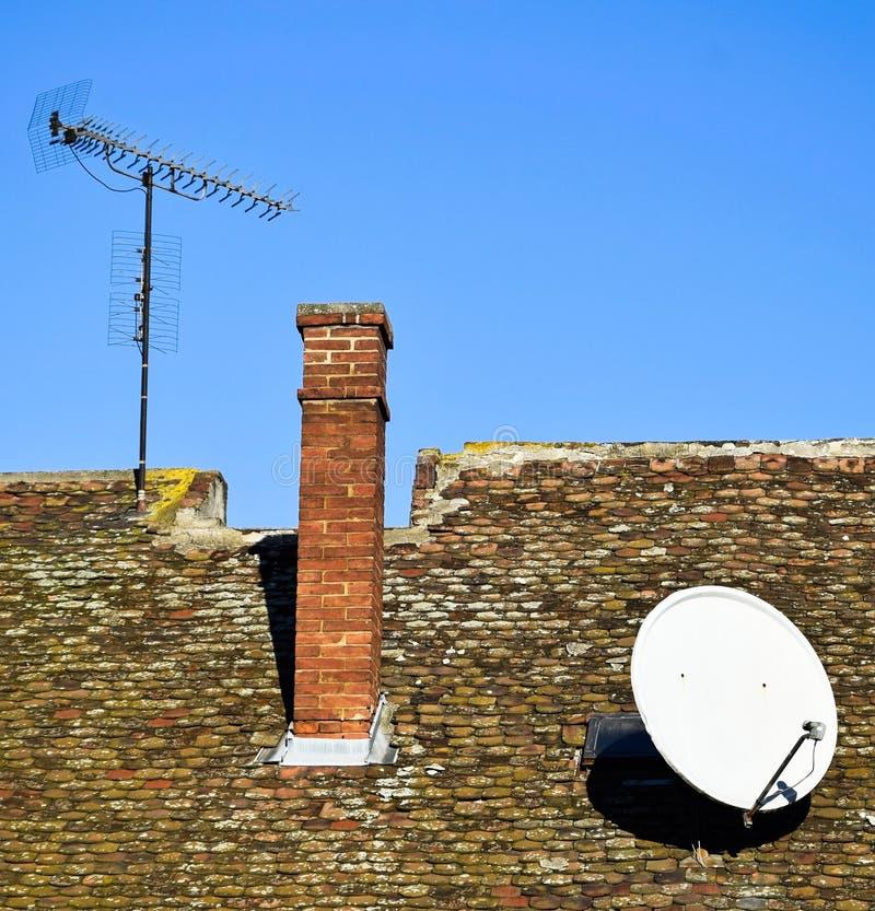 Dach dom z antenami zdjęcia royalty free