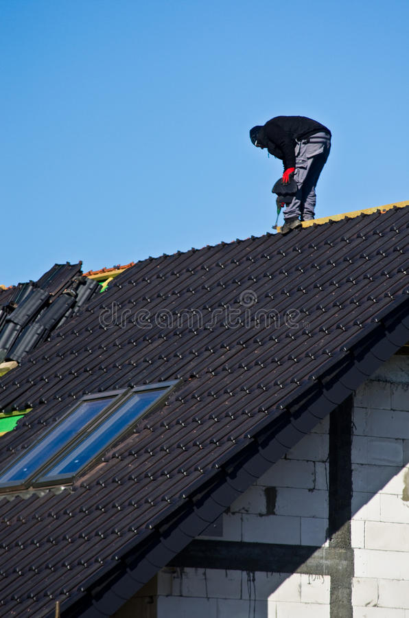 Dach im Bau lizenzfreie stockfotos