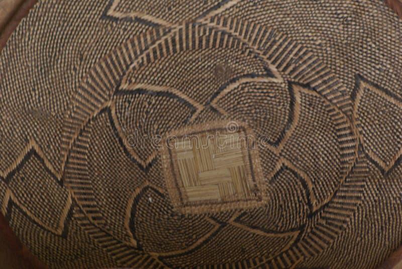 Dach innerhalb der afrikanischen Hütte stockfoto