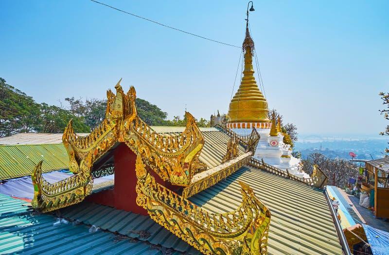 Dach Oo Ponya goleni Paya szczytu pagoda Wkrótce, Sagaing obraz royalty free
