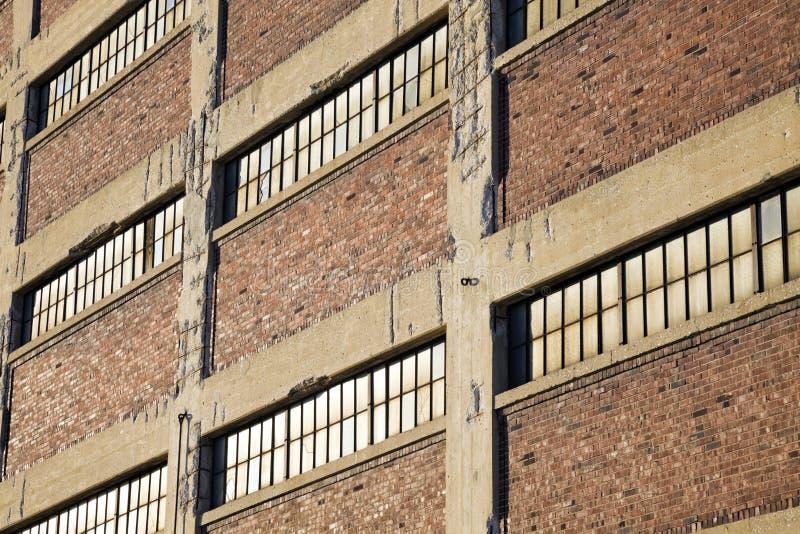 Dachböden in im Stadtzentrum gelegenem Milwaukee stockfotografie
