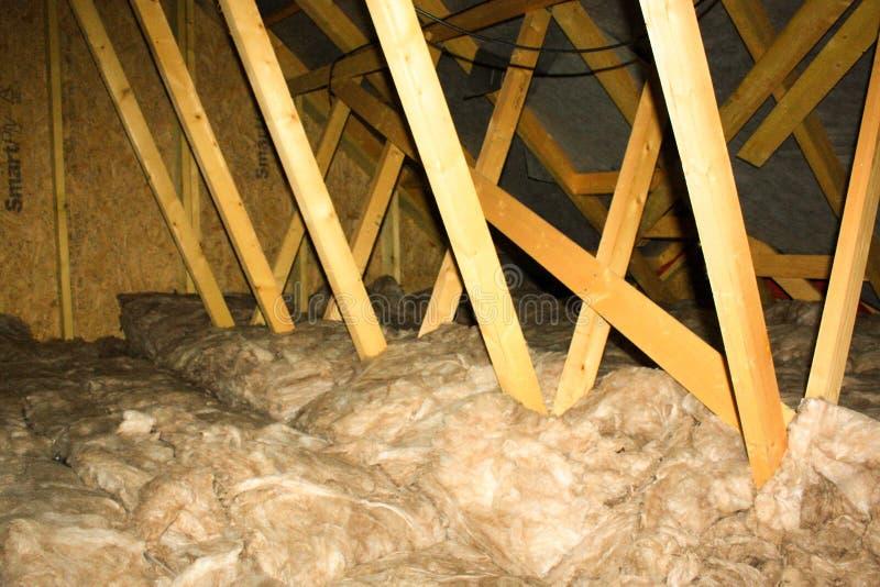 Dachbodenisolierung stockbild
