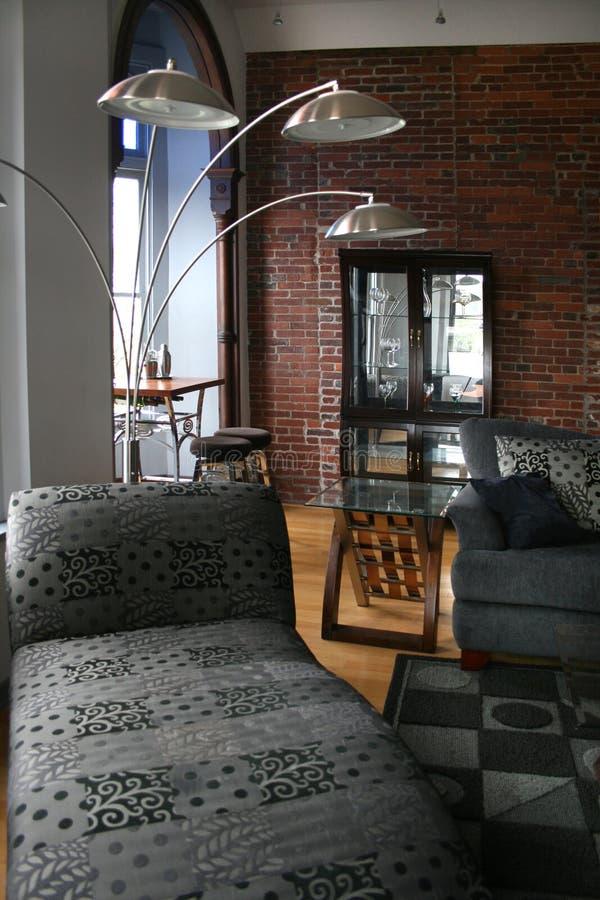 Dachbodenwohnzimmer stockfotografie