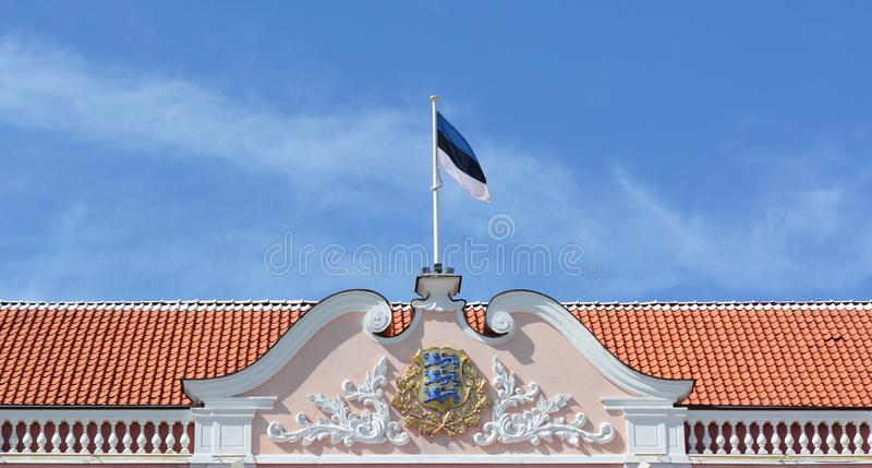 Dachspitze von Toompea-Schloss, estnisches Parlamentsgebäude stockbild