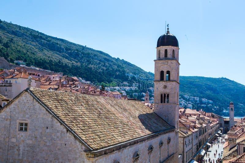 Dachspitzen in Dubrovnik, Kroatien stockfotos