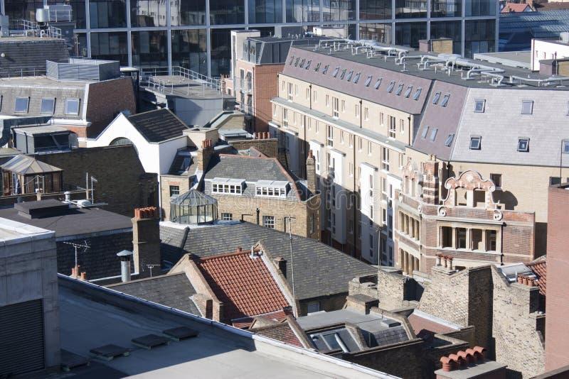 Dachspitzen und Skyline in London stockfotos